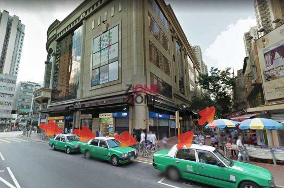 沿元朗千色匯,轉入中間街道直走